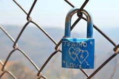 Αγάπη λουκέτων Στοκ φωτογραφία με δικαίωμα ελεύθερης χρήσης