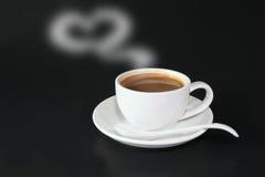 αγάπη φλυτζανιών καφέ σε σ&alp Στοκ εικόνες με δικαίωμα ελεύθερης χρήσης