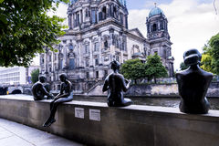 Αγάλματα από τα DOM Deutscher που είναι ο προτεσταντικός καθεδρικός ναός στο Βερολίνο Γερμανία Στοκ Εικόνες