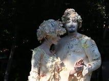 Αγάλματα διαβίωσης - νέα απόλαυση ζευγών απόθεμα βίντεο