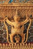 Αγάλματα σε Garuda Wat Phra Kaew, διάσημος ναός στη Μπανγκόκ Ταϊλάνδη Στοκ Εικόνες