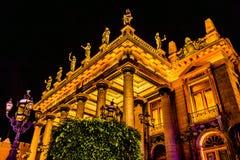 Αγάλματα Guanajuato Μεξικό θεάτρων Juarez Στοκ Εικόνα