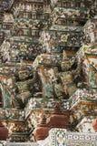 Αγάλματα Wat Arun φυλάκων δαιμόνων στη Μπανγκόκ Στοκ Εικόνες