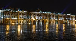 Αγία Πετρούπολη, το χειμερινό παλάτι στοκ εικόνα