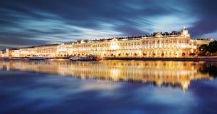Αγία Πετρούπολη - χειμερινό παλάτι, ερημητήριο στη Ρωσία στοκ εικόνες