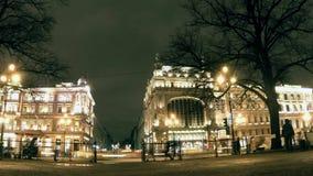 Αγία Πετρούπολη στο νυχτερινό σφάλμα απόθεμα βίντεο