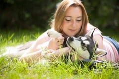 Αγαπήστε το σκυλί στοκ φωτογραφίες με δικαίωμα ελεύθερης χρήσης