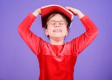 Αγαπημένο παραμύθι Εκπαίδευση και λογοτεχνία παιδιών Πώς τολμήστε εσείς Λατρευτά βιβλία αγάπης κοριτσιών Κορίτσι παιδιών με το βι στοκ φωτογραφίες