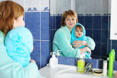 αγαπητή μητέρα Στοκ εικόνες με δικαίωμα ελεύθερης χρήσης