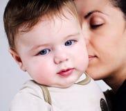 Αγαπώντας μητέρα και μωρό Στοκ φωτογραφίες με δικαίωμα ελεύθερης χρήσης