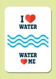 Αγαπώ το νερό Το νερό με αγαπά Αναδρομική αφίσα με το κείμενο, τις καρδιές και τα κύματα Στοκ εικόνα με δικαίωμα ελεύθερης χρήσης