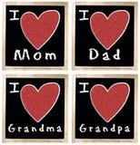 Αγαπώ Mom τον μπαμπά GrandMa και GrandPa στον πίνακα κιμωλίας Στοκ Εικόνες