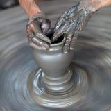 αγγειοπλάστης χεριών Στοκ εικόνα με δικαίωμα ελεύθερης χρήσης