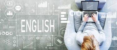 Αγγλικά με το άτομο που χρησιμοποιεί ένα lap-top Στοκ φωτογραφία με δικαίωμα ελεύθερης χρήσης