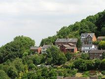 αγγλικά σπίτια βουνοπλαγιών Στοκ φωτογραφία με δικαίωμα ελεύθερης χρήσης