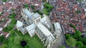 Αγγλική γοτθική εκκλησία Άγιος Peter Metropolitical καθεδρικών ναών ύφους της Αγγλίας Γιορκσάιρ Υόρκη ή μοναστηριακός ναός της Υό απόθεμα βίντεο