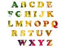 Αγγλικό αλφάβητο σε ένα υπόβαθρο των φύλλων φθινοπώρου! στοκ φωτογραφία με δικαίωμα ελεύθερης χρήσης