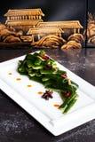 Αγγούρια, κινεζική κουζίνα, γλυκιά ξινή σάλτσα, που χρωματίζουν, ακόμα ζωή, τοίχος, εστιατόριο Στοκ φωτογραφία με δικαίωμα ελεύθερης χρήσης