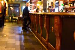 αγγλικό μπαρ παραδοσιακ στοκ φωτογραφία με δικαίωμα ελεύθερης χρήσης