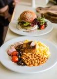 Αγγλικό πρόγευμα στο εστιατόριο Στοκ Εικόνες