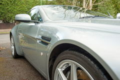 Αγγλικό σπορ αυτοκίνητο του Άστον Martin Στοκ εικόνα με δικαίωμα ελεύθερης χρήσης