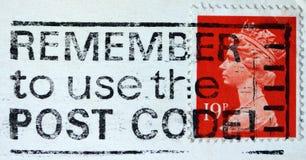 Αγγλικό χρησιμοποιημένο γραμματόσημο που παρουσιάζει πορτρέτο της βασίλισσας Elizabeth 2$ος Στοκ Εικόνες