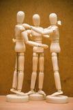 Αγκάλιασμα ομάδας ανδρείκελων Στοκ Εικόνα