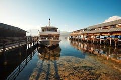 Αγκυροβόλιο για τις βάρκες στο λεπτό καιρό Στοκ φωτογραφίες με δικαίωμα ελεύθερης χρήσης