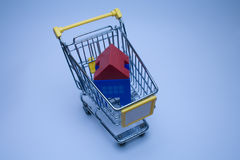 αγοράζοντας σπίτια στοκ εικόνα