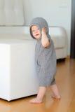 Αγοράκι με τα μπλε μάτια που φορούν hoodie Στοκ εικόνα με δικαίωμα ελεύθερης χρήσης