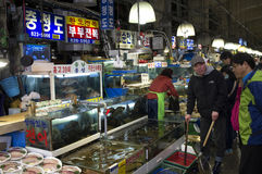 Αγορά θαλασσινών στη Σεούλ, Νότια Κορέα Στοκ Φωτογραφία