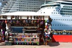 Αγορά και κρουαζιερόπλοιο Στοκ Εικόνα