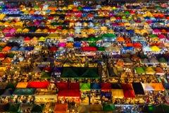 Αγορά νύχτας Ratchada στη Μπανγκόκ Στοκ φωτογραφία με δικαίωμα ελεύθερης χρήσης