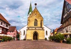 Αγορά σε κακό Saulgau με τη βαπτιστική εκκλησία του ST John, Γερμανία Στοκ Εικόνες