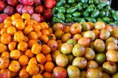 Αγορά φρούτων στοκ εικόνα με δικαίωμα ελεύθερης χρήσης