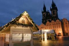 Αγορά Χριστουγέννων στο κύριο τετράγωνο της Πράγας στοκ φωτογραφία