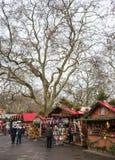 Αγορά Χριστουγέννων του Λονδίνου χειμερινών χωρών των θαυμάτων Στοκ Εικόνες