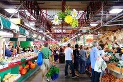 Αγορά Jean-νυχιών Στοκ φωτογραφία με δικαίωμα ελεύθερης χρήσης