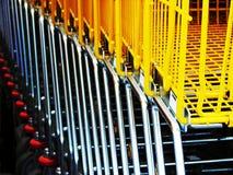 αγορές κάρρων Στοκ εικόνες με δικαίωμα ελεύθερης χρήσης