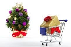 Αγορές στα Χριστούγεννα - αγορές Χριστουγέννων Στοκ Φωτογραφία
