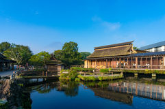 Αγροικίες Hakkai Oshino και λίμνη της ΑΜ Φούτζι πέντε λίμνες στοκ εικόνες