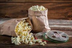 Αγροτικές popcorn και εξελίκτρων ταινίες Στοκ Εικόνες