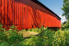 Αγροτική καλυμμένη γέφυρα Στοκ φωτογραφίες με δικαίωμα ελεύθερης χρήσης