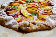 Αγροτική πίτα ροδάκινων Στοκ Εικόνα