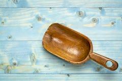 αγροτική σέσουλα ξύλινη στοκ φωτογραφίες