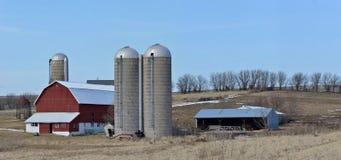 Αγροτική σκηνή στους λόφους του νότιου Wisconsin Στοκ Φωτογραφίες
