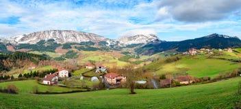Αγροτικός τουρισμός στους βασκικούς τομείς χώρας, Ισπανία Στοκ φωτογραφία με δικαίωμα ελεύθερης χρήσης