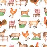 Αγροτικό άνευ ραφής σχέδιο Watercolor Που σύρεται το χέρι αντιτίθεται: γάτα, χοίρος, φράκτης, χλόη, πρόβατα, άλογο, κόκκορας, αγε ελεύθερη απεικόνιση δικαιώματος