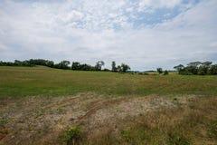 Αγροτικό καλλιεργήσιμο έδαφος της Πενσυλβανίας κομητειών της Υόρκης χώρας, μια θερινή ημέρα στοκ εικόνα με δικαίωμα ελεύθερης χρήσης