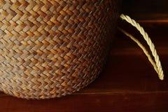 Αγροτικό καλάθι μπαμπού Στοκ εικόνες με δικαίωμα ελεύθερης χρήσης